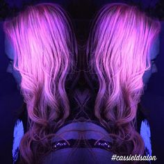 Glow-In-The-Dark Hair Is the Latest Fun Hair Trend to Light Up Your Life - My Modern Met