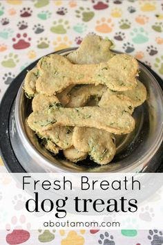 Does your dog have bad breath? This recipe for homemade fresh breath dog treats contains wholesome ingredients, and comes together easily. Dog bad breath treats are an absolute must, especially if you have a dog that likes to give kisses. Puppy Treats, Diy Dog Treats, Healthy Dog Treats, Dog Biscuit Recipes, Dog Treat Recipes, Dog Food Recipes, Homemade Dog Cookies, Homemade Dog Food, Homemade Dog Biscuits