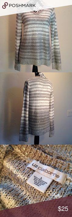 Large sweater excellent condition Sweater Liz Claiborne Sweaters V-Necks