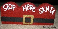concrete landscape borders...can this get any cuter! Painted Bricks Crafts, Brick Crafts, Painted Pavers, Stone Crafts, Painted Rocks, Christmas Rock, Christmas Holidays, Christmas Ideas, Frugal Christmas