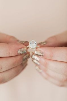 Gorgeous engagement ring with the perfect mani to match!