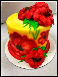 Summer Floral Cake! Floral Cake, Custom Cakes, Cake Decorating, Birthdays, Birthday Cake, Party, Desserts, Summer, Food