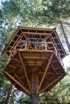 installing a tree house - Buscar con Google