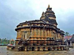 Vidyashankara temple in India