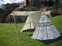 painted tent- I do not want a bell wedge, but the painted canvas is pretty darn cool