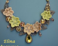 Beaded flower necklace violet exclusive by Elinawonderland