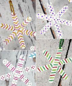 bricolage-de-noel-en-bois-flocons-neige-batons-glace-decoration-peinture-paillettes
