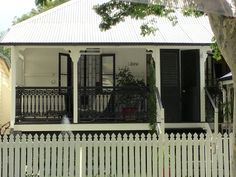 Gorgeous workers cottage in the same colours as our Grand Homestead  #Queenslander #style #blackandwhite xx