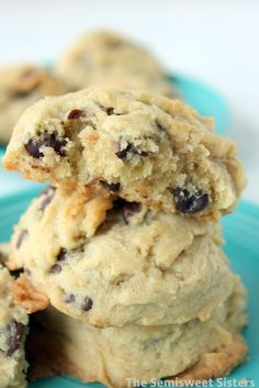 soft thick chocolate chip cookies