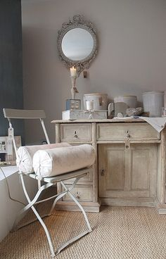 The Paper Mulberry: The Perfect White Bathroom French Decor, French Country Decorating, Country French, French Chic, White Room Decor, White Bathroom, Beautiful Bathrooms, Grey Walls, Home Furniture