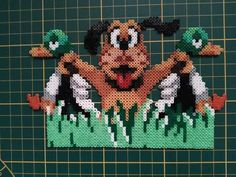 Duck Hunt Perler Beads by Rock'N'Love Made #rocknlovemade #duckhunt #RetroGaming #perlerbeads #hama