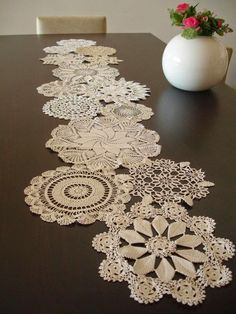 Vintage Doily Runner Wedding Table Decoration With Handcrocheted Vintage Doilies Eco Wedding Table Settings MADE to ORDER Doilies Crafts, Lace Doilies, Crochet Doilies, Doily Art, Invisible Stitch, Crochet Table Runner, Wedding Table Settings, Wedding Tables, Wedding Decor