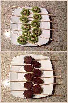 Kiwis cubiertos de chocolate