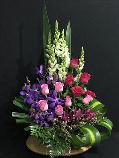 1 million+ Stunning Free Images to Use Anywhere Creative Flower Arrangements, Flower Arrangement Designs, Funeral Flower Arrangements, Beautiful Flower Arrangements, Unique Flowers, Large Flowers, Flower Centerpieces, Flower Decorations, Floral Arrangements