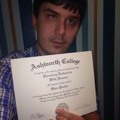 Congratulations to Shea Parker! He recently graduated from our Online Pharmacy Technician program and graduated with HONORS! #ashworthcollege #ashworthreviews