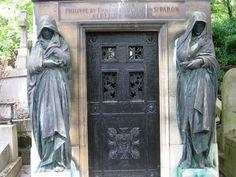 Père Lachaise in Paris | Pere Lachaise Cemetery in Paris, France - The most famous cemeteries ...