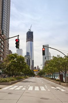 NY, new WTC under construction in 2012 ----- more @ nw7.eu