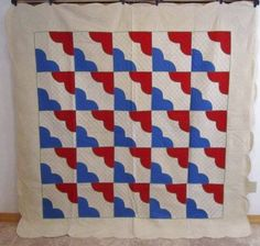 Antique 1930s Hearts & Gizzards Applique Quilt Red Blue Lancaster County PA #1