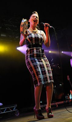 Imelda May Photo - Hard Rock Calling - Day Two... love her shoes