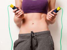 O exercício que você deve incluir no seu treino para afinar a cintura