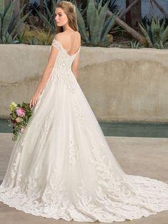 Casablanca Bridal Style 2290 Harlow A-Line Wedding Dress Luxury Wedding Dress, Bridal Wedding Dresses, Bridal Style, Dream Wedding, Lace Wedding, Yellow Ballgown, Ball Gown Dresses, Lace Dress, White Dress