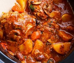 Slow Cooker Chicken Cacciatore With Potatoes is an EASY weeknight dinner that cooks itself! With chicken falling off the bone in an Italian stew! Serves: 6 INGREDIENTS 6 skinless chicken thighs, bone-in, skin on or off Salt and pepper