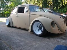 old volkswagen beetle customized Custom Vw Bug, Custom Cars, Vw Modelle, Vw Rat Rod, Vw Super Beetle, Vw Cars, Vw Beetles, Slammed, Dream Cars