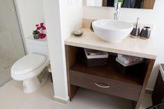 Departamento muestra. Showroom, Vanity, Bathroom, Dressing Tables, Washroom, Powder Room, Vanity Set, Bath Room, Single Vanities