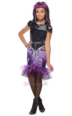 Let your little girl invent her own unique princess experience as Raven Queen costume from the series Ever After High! This Ever After High Raven Queen Cos Queen Halloween Costumes, Queen Costume, Halloween Face Mask, Boy Costumes, Halloween Kids, Costumes For Women, Halloween Recipe, Halloween Projects, Halloween Makeup