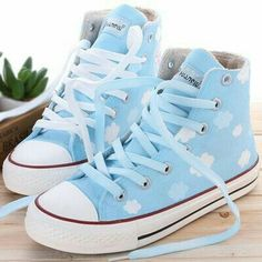 Sweet pleated skirt from Asian Cute Kawaii Clothing Harajuku students clouds hand painted canvas shoes Thumbnail 1 Mode Converse, Sneakers Mode, Converse Shoes, Sneakers Fashion, Fashion Shoes, Winter Fashion, Fashion Tips, Kawaii Shoes, Kawaii Clothes