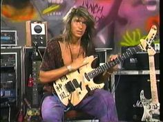 Rock Legend George Lynch discusses phrasing ideas based on pentatonic scale patterns and shares with you his viewpoint on how to visualize patterns and shape...
