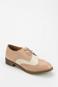 1930s Two tone Oxford Shoes- Cooperative Two-Tone Brogue Oxford http://www.vintagedancer.com/1930s/buy-1930s-style-shoes-for-women/   Buy at: Urban Outfitters