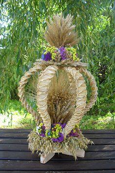Piotr Barańczak - wyroby artystyczne ze słomy Polish Folk Art, Happy Birthday Cakes, Nature Crafts, Decoration, Silk Flowers, Grapevine Wreath, Grape Vines, Weaving, Diy Projects