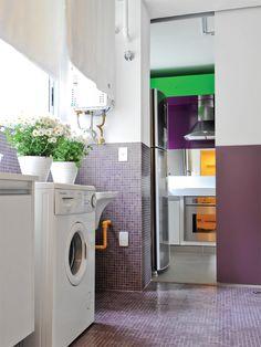 Cinco lavanderias bonitas e organizadas - Casa #lavanderia #roxo