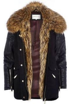 Black faux fur collar wool parka jacket Available Colours: Black Available Sizes: 6,8,10,12,14,18 Description:  The parka gets a glamorous update in the shape of this black faux fur collar parka jacket. Featuring contrast black leather-look sleeves, popper and zip fastenings and two front pockets.