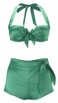 The Amazing Vintage Queen Paloma Faith and the always sexy and stylish La Senza have teamed up to produce a range of style lingerie . Paloma Faith, Green Lingerie, Vintage Lingerie, Look Vintage, Vintage Mode, Retro Fashion, Vintage Fashion, Womens Fashion, Lingerie Verte