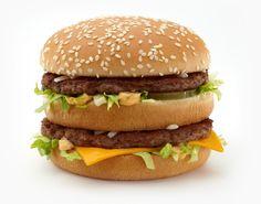 Engana-se quem acha que para comer omais famoso e tradicional lanche do Mc Donald's, só indo até a rede. É possívelfazer um Big Mac em casacom ingredien