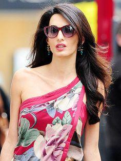 Amal Alamuddin style photos; Burberry blazers shopping : People.com