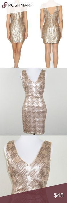 """Ark & Co Gold Sequin V-Neck Dress ✨Condition: NWT ✨Measurements (approx. when flat): Length 33"""" Pit to Pit 16.5"""" ✨Features: Beautiful gold, sequin detail. Zipper in the back, fully lined. This dress is perfect for the holidays!  ✨Feel free to make an offer -or- Add to Bundle to receive an exclusive discount! Ark & Co Dresses Mini"""
