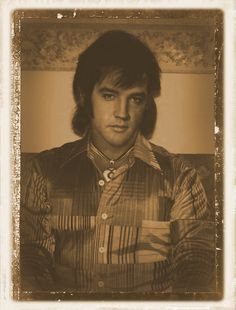 rare...Elvis ( wallet photo)