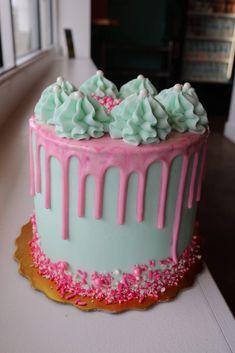 Birthday Drip Cake, 15th Birthday Cakes, Elegant Birthday Cakes, Pretty Birthday Cakes, Pretty Cakes, Cute Cakes, Beautiful Cakes, Amazing Cakes, Cake Decorating Frosting