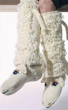 Knitted lamb bootie slippers for cold weather areas . like when it snows in the north country days . Crochet Boots, Crochet Baby, Knit Crochet, Knitting Socks, Hand Knitting, Knitting Patterns, Bed Socks, Knitting Projects, Leg Warmers