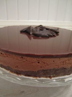 After Eight-juustokakku | Kodin Onni Baking Recipes, Cake Recipes, Dessert Recipes, Dessert Dishes, Chocolate Treats, Piece Of Cakes, Sweet And Spicy, Yummy Snacks, No Bake Desserts