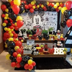 Party ideas for Kids: 50 Mickey Mouse party decoration ideas Festa Mickey Baby, Mickey Mouse Pinata, Mickey Mouse Party Decorations, Minnie Mouse Balloons, Fiesta Mickey Mouse, Mickey Mouse Baby Shower, Mickey Mouse Invitation, Mickey Mouse Clubhouse Birthday Party, Mickey Mouse Parties