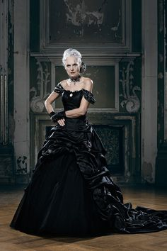 Black Weddinggown by Lucardis Feist