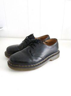 319949b7295 Original Doc Martens Mens Size 6 Vintage Unisex by DustedBeauty