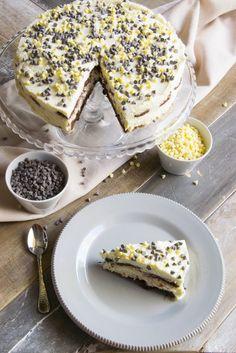 Torta pan di stelle con crema al mascarpone panna e cioccolato bianco dolce goloso veloce adatto a chi ama il cioccolato