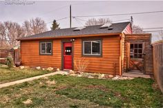 (IRES) Sold: 2 bed, 2 bath, 1318 sq. ft. house located at 1040 Main St, Louisville, CO 80027 sold for $649,000 on Jan 14, 2016. MLS# 780724. Charming 2 bed/2 bath home has been completely updated: breatht...