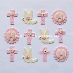 Fondant Cupcake Toppers Crosses Doves & Initial by TopItCupcakes Fondant Cupcake Toppers, Cupcake Cakes, Rose Cupcake, Christening Cupcakes Girl, Comunion Cakes, Baptism Desserts, Pink Cupcakes, Valentine Cupcakes, Holy Communion Cakes