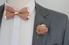 Rose Gold nude leather bow tie for men,boys rose gold wedding bow tie, boutonnere, genuine gold leahther toddler bowtie,blush pink peach by NevesticaWeddings on Etsy Bow Tie Wedding, Wedding Suits, Gold Wedding, Dream Wedding, Wedding Day, Wedding Rings, Bridal Rings, Wedding Themes, Wedding Cakes